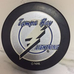 Tampa Bay Lightning Retro Puck